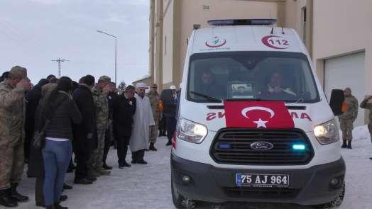 Ardahan'da şehit uzman çavuş için tören düzenlendi