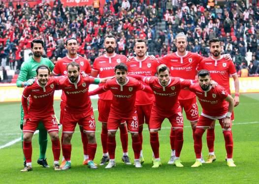 Samsunspor şampiyonluğa koşuyor