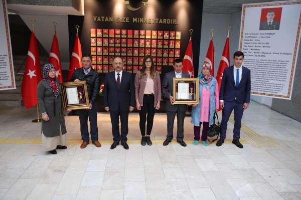 Bartın'da Şehit ailelerine Devlet Övünç Madalyası