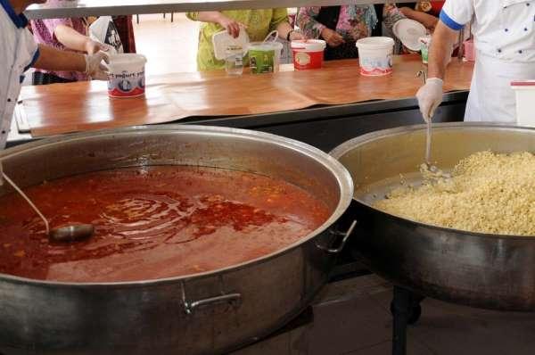Bafra Belediyesinden 2 bin aileye yemek yardımı