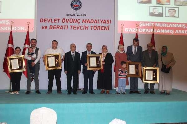 Kocaeli'de şehit ailesi ve gazilere devlet övünç madalyası verildi