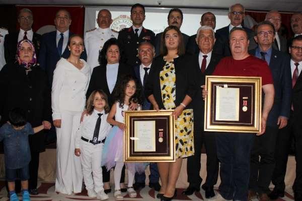 Muğla'da şehit yakınları ve gazilere Devlet Övünç Madalyası