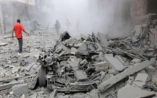 Rus uçaklarından Halep'e saldırı