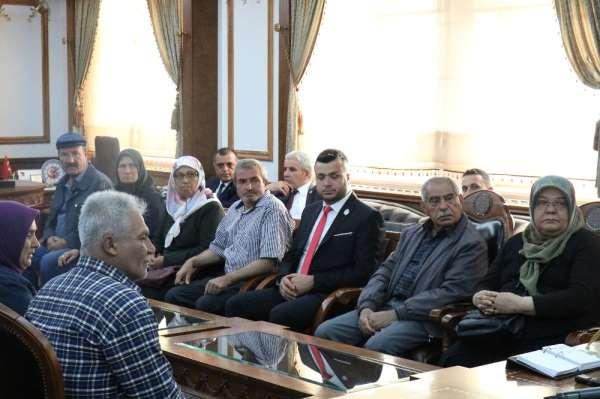 Kırşehir'de 3 şehit ailesi ve 2 gaziye devlet övünç madalyası verildi