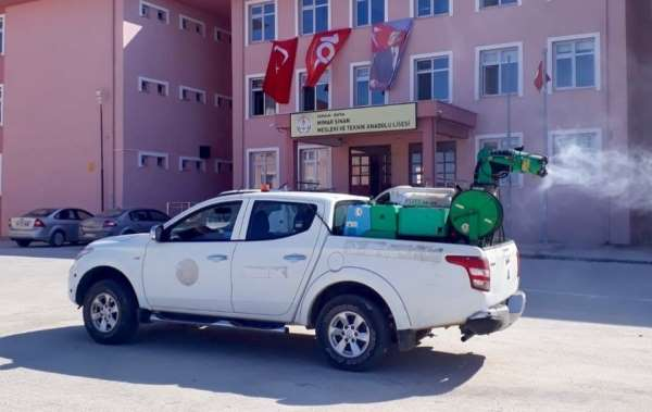 Bafra Belediyesinden okullarda temizlik çalışması