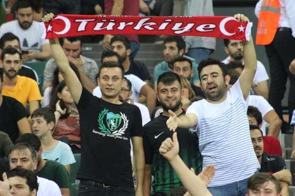 UEFA 21 Yaş Altı Avrupa Şampiyonası: Türkiye: 1 - İngiltere: 1 (İlk yarı)