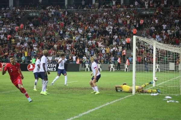 UEFA 21 Yaş Altı Avrupa Şampiyonası: Türkiye: 2 - İngiltere: 3 (Maç sonucu)