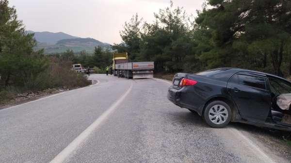 Osmanelinde trafik kazası, 3 hafif yaralı