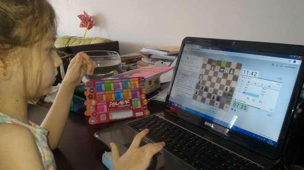 Salihlide online satranç maratonu başladı