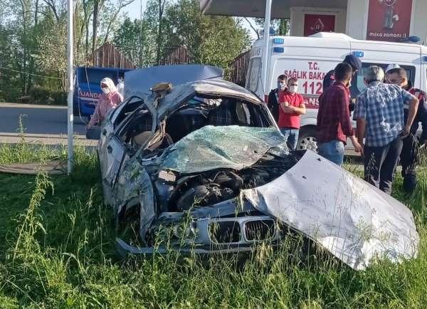 Samsunda otomobil kamyonetle çarpıştı: 2 yaralı