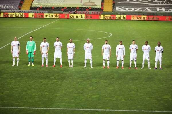 Sivassporda 4 futbolcu ceza sınırında!