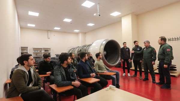 Üniversitelerde havacılıkla ilgili bölümler revaçta