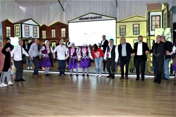 Trabzon Tanıtım Günleri'nde Akçaabat Belediyesi'nin standı yoğun ilgi gördü