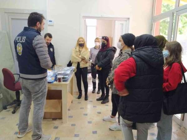 Türkelide öğrenciler, terör konusunda bilgilendirildi