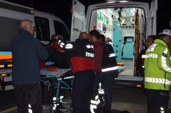 Muş'ta trafik kazası: 2 ölü, 3 yaralı
