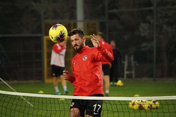 (Özel haber) Oğuz Ceylan: 'Galatasaray maçına çok iyi hazırlanıyoruz'