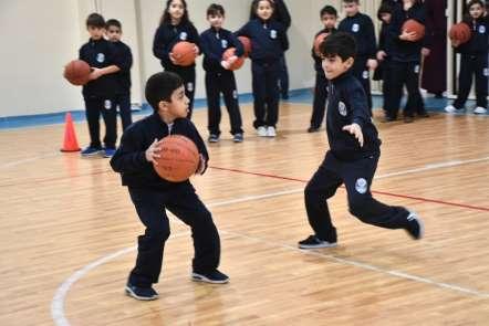 Küçükçekmece'de 8 bin 246 öğrenciye ücretsiz spor eğitimi