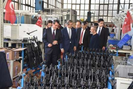 Savunma Sanayi Başkanı Demir: 'Şirketlerimizi OSB'ye teşvik edeceğiz'