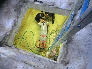 Kuyuya düşen işçi itfaiye ekiplerince kurtarıldı