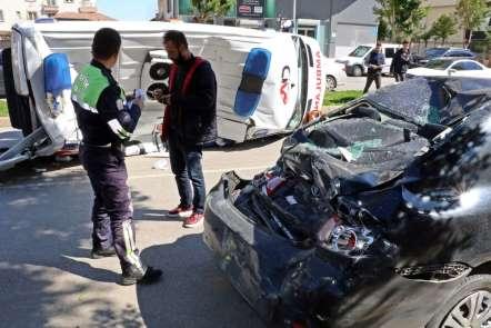 Antalya'da kahreden kaza