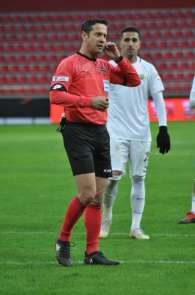 Rizespor-Kayserispor maçına Özkahya atandı