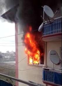Malatya'da bir evde sabah saatlerinde yaşanan doğalgaz patlamasında 1 kişi öldü,