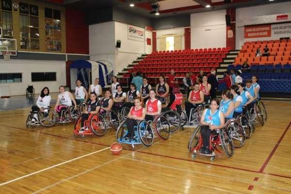 Tekerlekli Sandalye Basketbol Kadınlar Türkiye Şampiyonası başladı