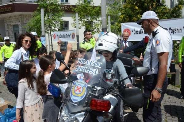Trafik Haftası kutlamaları devam ediyor