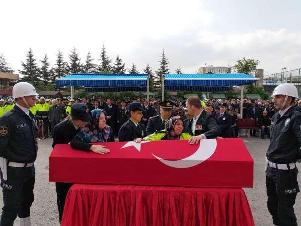 Şehit Trafik Polisi için Çevik Kuvvet Müdürlüğü'nde tören
