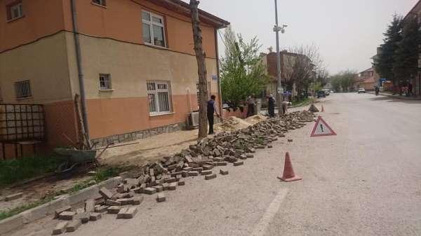 Aslanapa'da alt yapı çalışmaları aralıksız devam ediyor