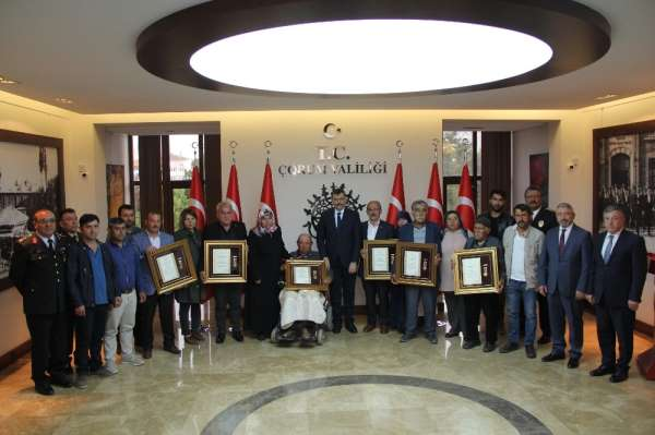 Çorum'da 6 şehit ailesine devlet övünç madalyası verildi