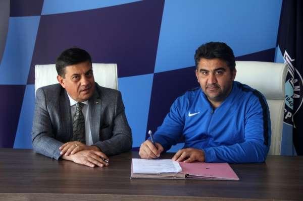 Adana Demirspor, Ümit Özat ile 1 yıllık yeni sözleşme imzaladı