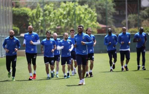 Aytemiz Alanyaspor'da Beşiktaş mesaisi başladı