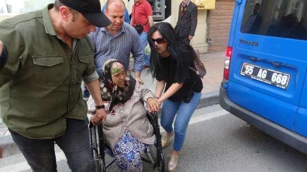 Samsunda tekerlekli sandalyede dilenirken yakalanan dilencinin pişkinliği