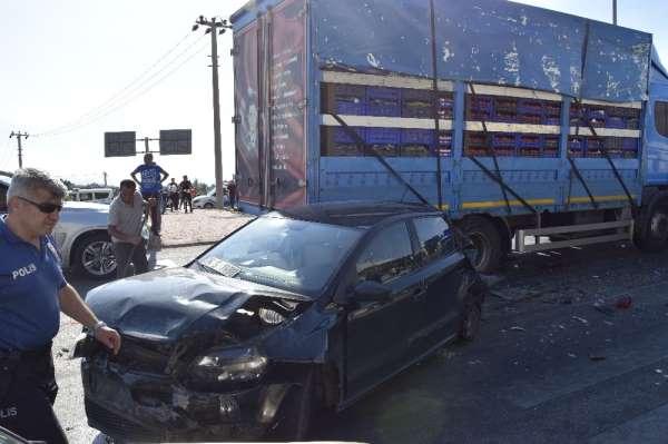 Burdur' da zincirleme trafik kazası: 5 yaralı