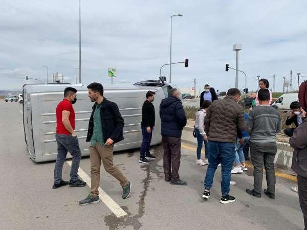 Başkentte zincirleme trafik kazası;4 yaralı