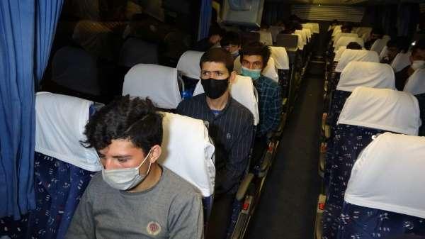 Samsunda yolcu otobüsünde 25 kaçak göçmen ele geçti