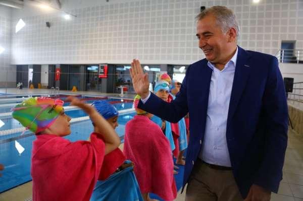 Büyükşehir'in Kış Spor Okulları 12 bin kişi başvurdu