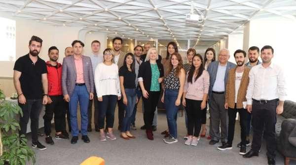 Genç gazetecilere 'Yeni Medya ve Gazetecilik Etiği' eğitimi