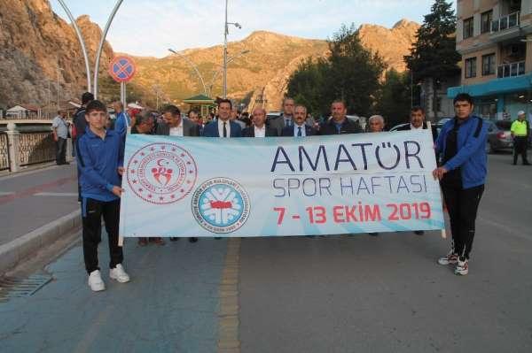 Türk halk müziği eşliğinde Amatör Spor Haftası'nı kutladılar