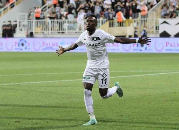 Altayın yeni transferleri gol yükünü çekiyor