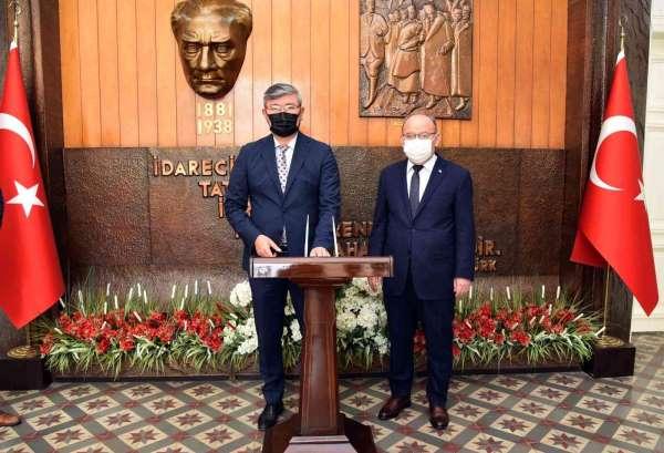 Kazakistan Ankara Büyükelçisi Saparbekulydan Manisada iş birliği vurgusu
