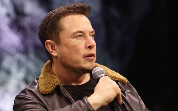 Musk, Tesla'dan İstifa Etti