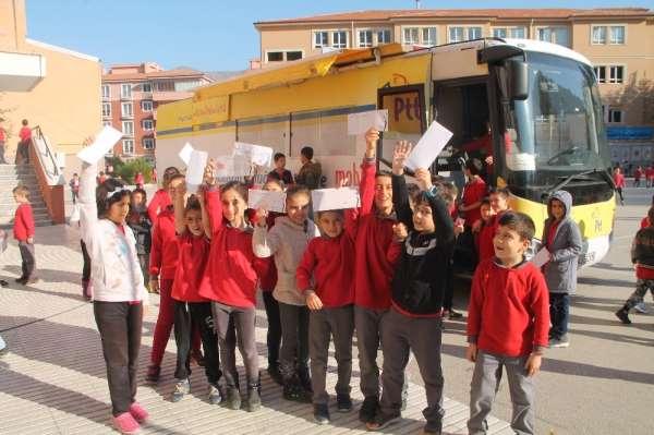 681 öğrenciden Mehmetçiğe moral mektubu