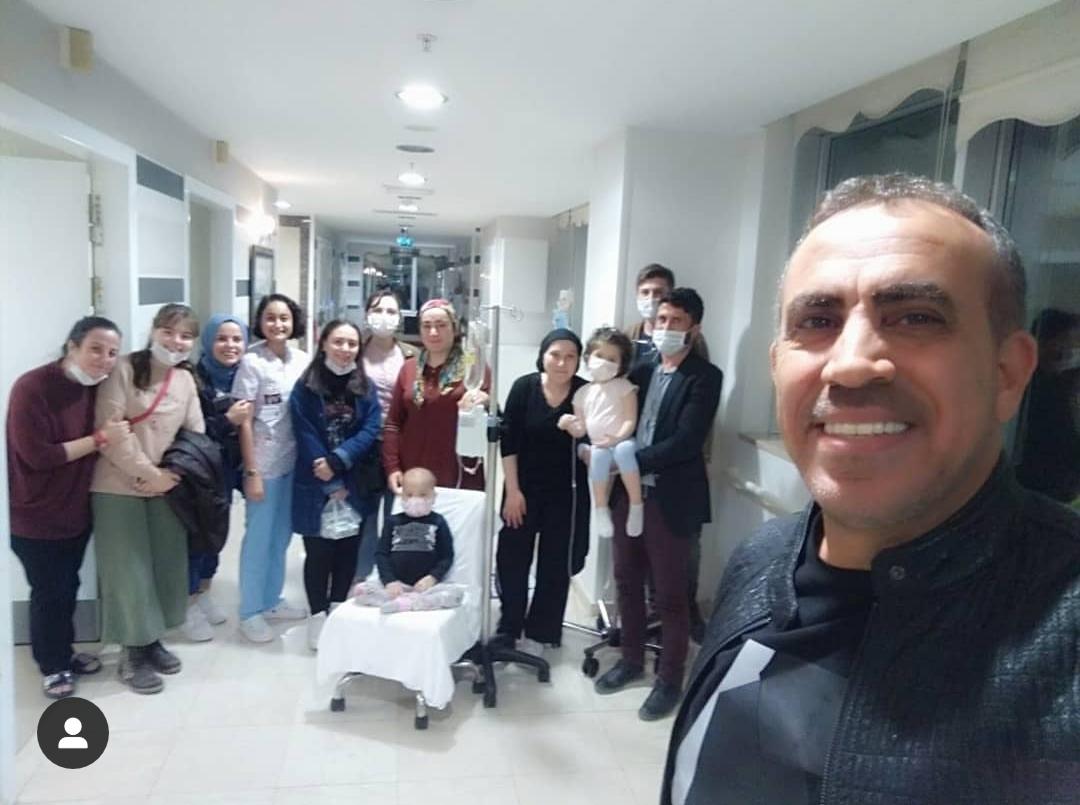 Samsun'da Lösemili Çocuklara Haluk Levent'ten moral ziyareti
