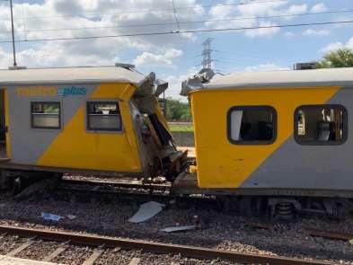 Güney Afrika'da tren kazası: 2 ölü