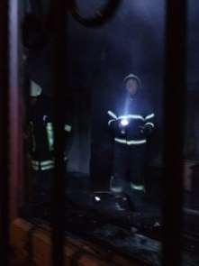 Apartmanda çıkan yangın korkuttu