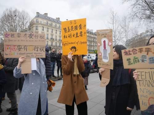 8 Mart Dünya Kadınlar Günü'nde Paris'te sokaklar doldu