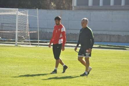Cahit Terzi: 'Menemen Belediyespor maçını kazanarak çıkışımız devam edecek'