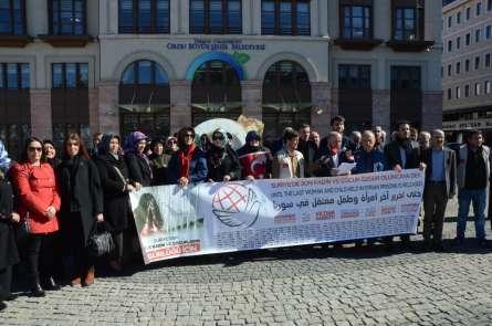 Suriye'deki tutsak kadın ve çocuklar için bir araya geldiler